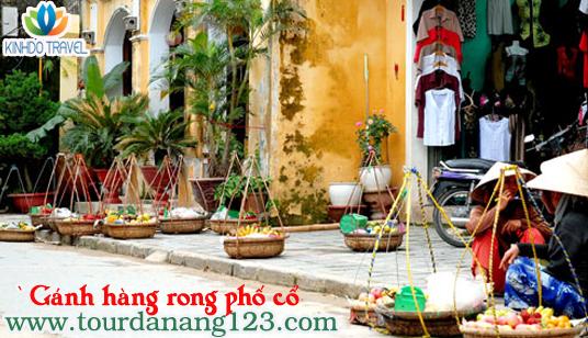 Gánh hàng rong - Nét đẹp ẩm thực ở phố cổ Hội An