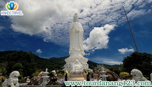 Du lịch Đà Nẵng - Chùa Linh Ứng