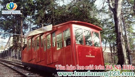"""Du lịch Đà Nẵng trải nghiệm """"tàu hỏa leo núi"""" trên Bà Nà Hills"""