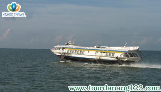 Tour du lịch Đà Nẵng khám phá Cù Lao Chàm trên tàu cao tốc Greenlines