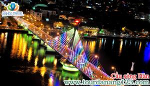 Du lịch Đà Nẵng ngắm cầu sông Hàn