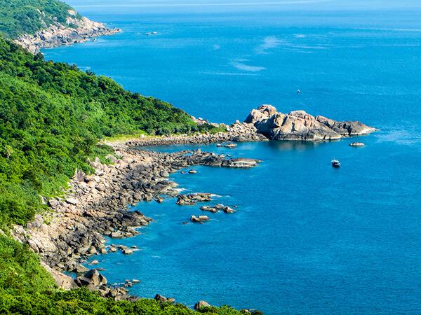 Bán đảo Sơn Trà được mệnh danh là hòn ngọc quý của thành phố Đà Nẵng