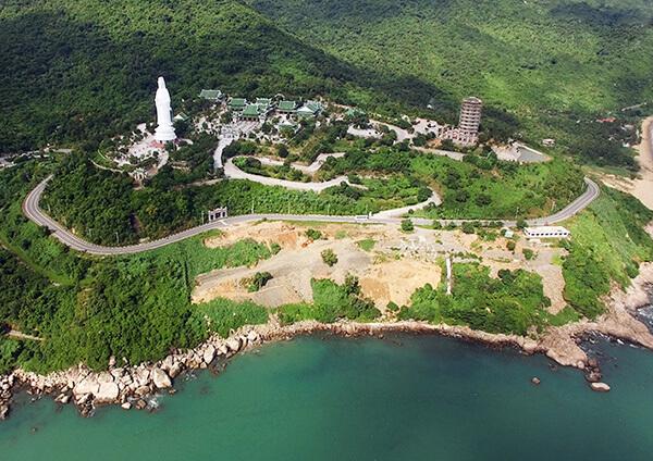 Bán đảo Sơn Trà là thắng cảnh phải ghé khi du lịch Đà Nẵng