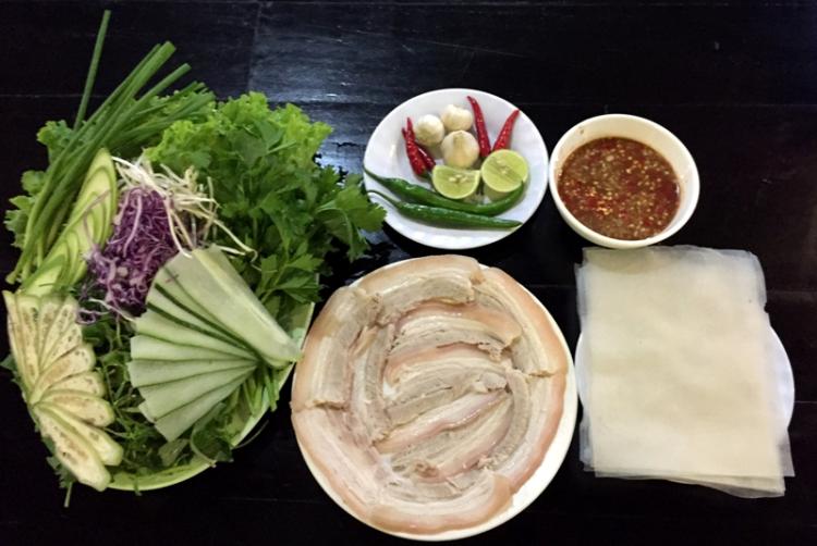 bánh tráng cuốn thịt heo đà nẵng, Ăn gì ngon ở Đà Nẵng
