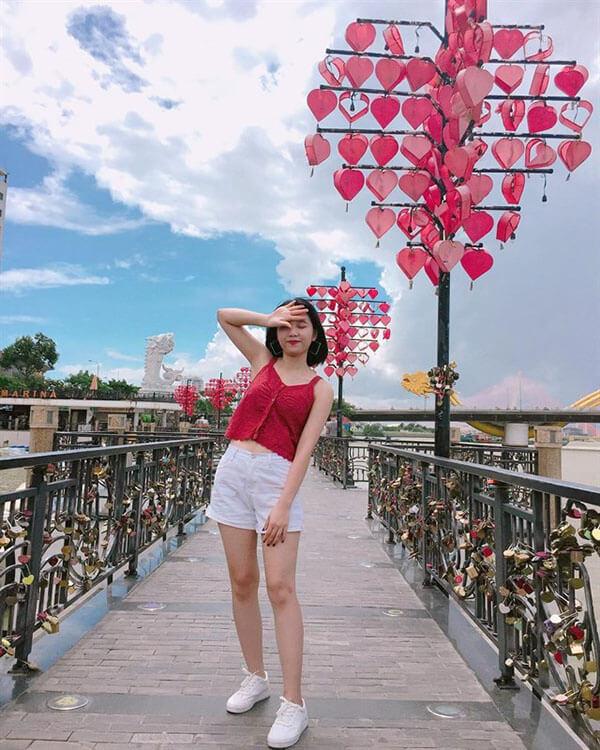 Nhớ ghé cầu tình yêu nếu di lịch đà nẵng 1 ngày