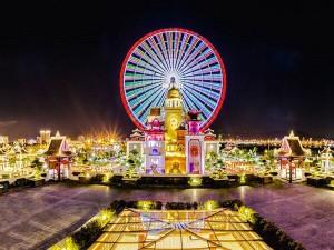 Asia Park nổi tiếng với vòng quay mặt trời lớn nhất Đông Nam Á