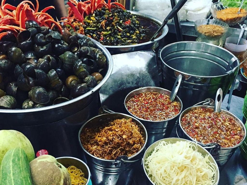 đặc sản ốc hút chợ cồn, ẩm thực chợ Cồn