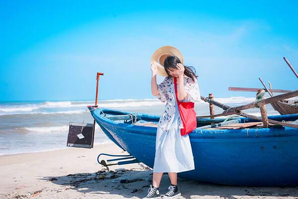 Thời gian lí tưởng để du lịch Đà Nẵng tự túc là giữa tháng 3 đến trước nghỉ lễ 30/4-1/5 hoặc từ cuối tháng 8 cho đến tháng 9