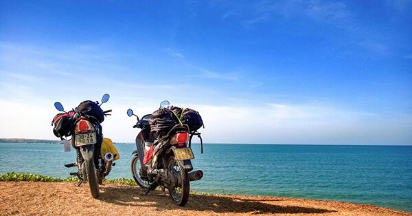 Khi đi du lịch Đà Nẵng tự túc bạn nên thuê xe máy để vừa tiết kiệm chi phi vừa đi được nhiều địa điểm mình thích