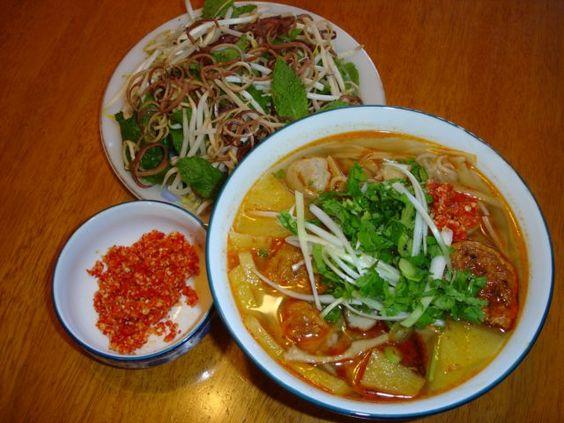 Bún chả cá số 109A Nguyễn Chí Thanh