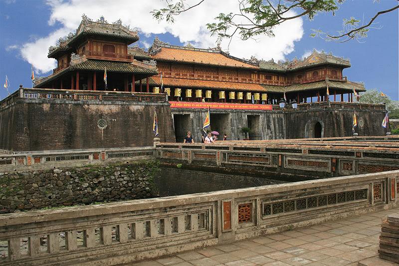 Tour du lich da nang - son tra - hoi an - hue - Phong Nha